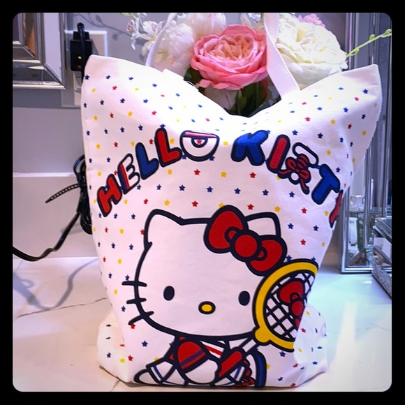 Hello Kitty Tote in Canvas